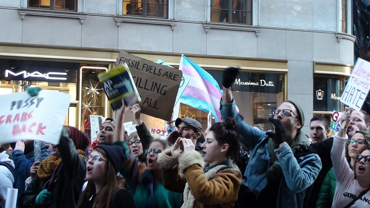 Убашни Трампа вНью-Йорке возобновились протесты