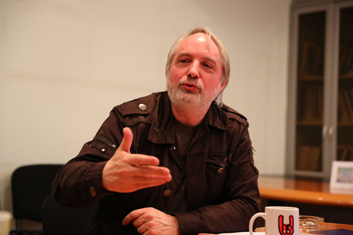 Историк Никита Петров в редакции The New Times. Фото: Алексей Антоненко