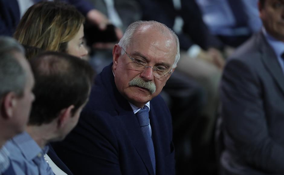 Ройзман предсказал «Ельцин Центру» рост посещаемости после выступления Михалкова