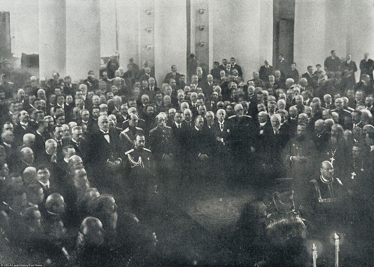 Николай II в Государственной думе, Петроград, 1916 год. Фото: из журнала «Иллюстрация»