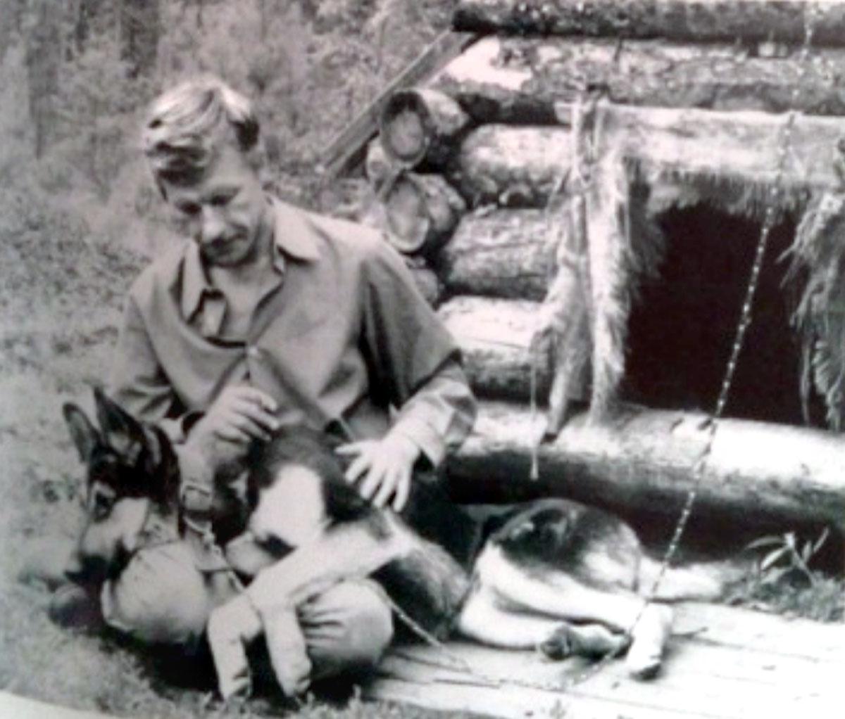 Леонид Бородин между двумя  отсидками, Прибалтика, 1973 год