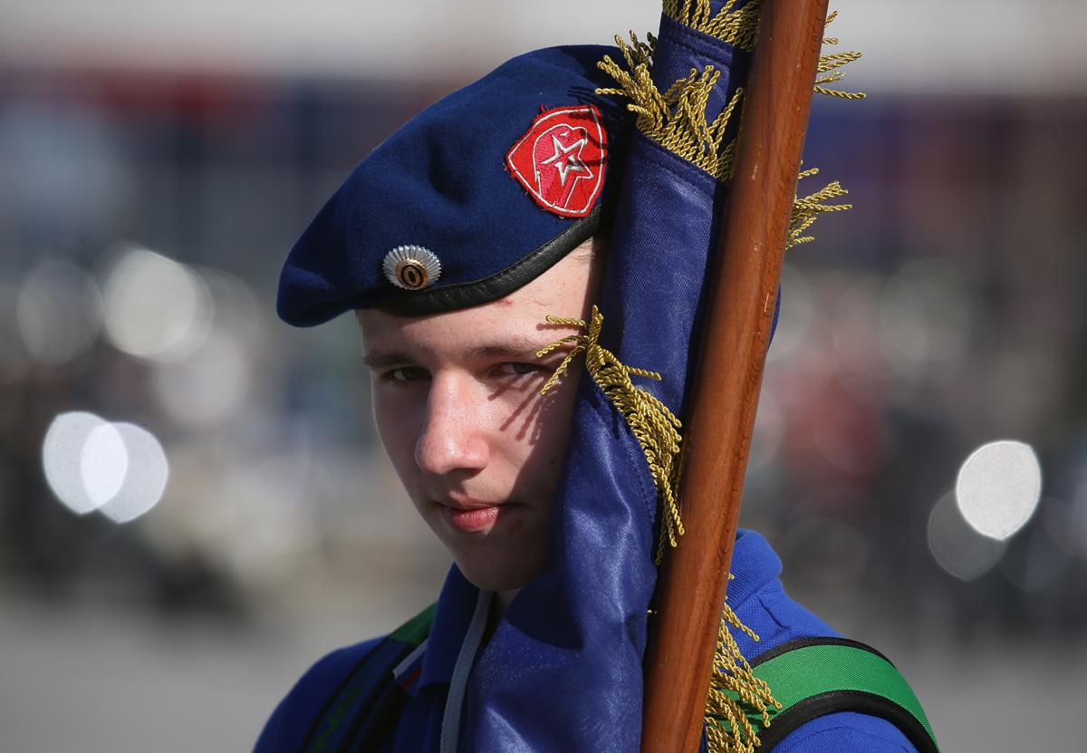 Участник фестиваля «Мотоармия» в парке «Патриот», Московская область, Кубинка, 29 апреля 2017 года