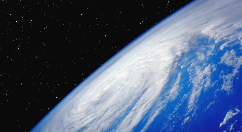 Earth-Horizon_490.JPG